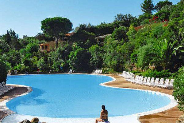 Piscina Villa Le Caroline A Cala Capra Palau Sardegna